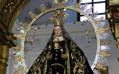 Nuestra Señora de la Estrella vestida de luto
