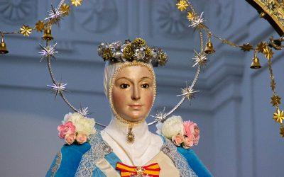 Ntra. Sra. de la Estrella vestida para la festividad de la Inmaculada