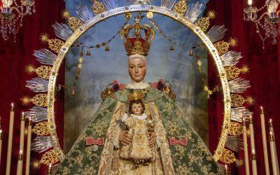 """Nuestra Señora de la Estrella estrena el terno """"de las Rotativas"""""""